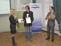 Stipendiju un balvu par labāko IT projektu saņem Bogdans Ozerkins