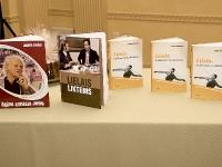 Grāmatas par Jāni Lūsi