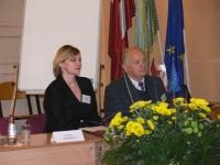 RVT direktore Dagnija Vanaga un Izglītības fonda vadītājs ilgvars Forands